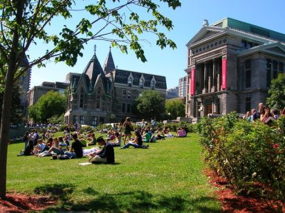 mcgill-university-main-quad-1400133-638x477